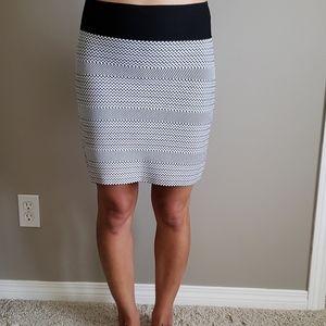 BCBGMaxAzria, black/white, skirt, size Medium